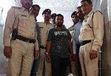 police-arrest-liquor-peddler-in-jablapur
