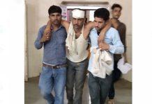 -Dalit-worker-beaten-by-dabang