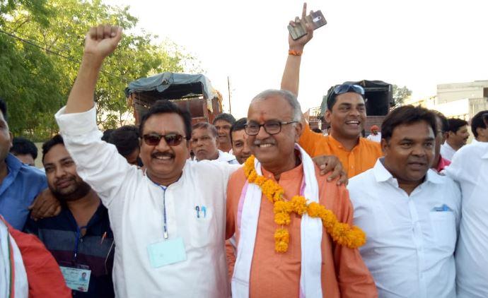 Nandkumar-victory-with-huge-majority-of-BJP-in-Khandwa