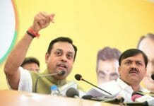 National-spokesperson-said-that-Congress-leaders-insulting-Hindus-by-talking-about-caste