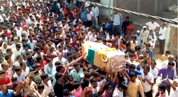 martyrs-Jawan-Jivan-Prajapati-final-farewell-in-sehore