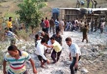 6-dead-and-around-many-people-injured-after-a-bus-fell-into-a-gorge-in-garhwa