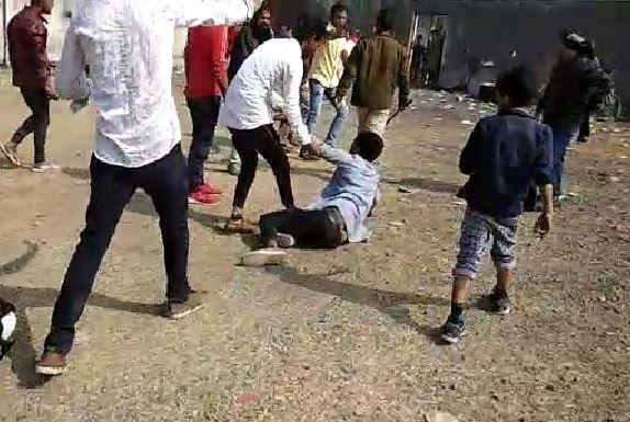 communal-tesnion-in-rajgarh-while-school-function