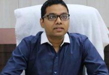 -2004-batch-IAS-Lokesh-Jatav-becomes-new-Collector-of-Indore
