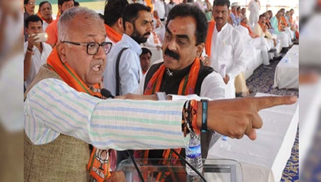 mp-nandkumar-singh-chauhan-angered-state-president-have-to-handle-situation-