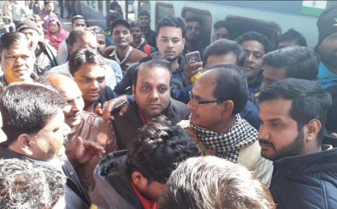 Warning-to-Shivraj's-new-government--Public-welfare-schemes-should-not-be-closed