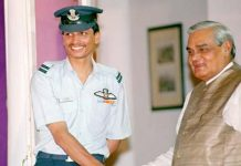 -When-the-pilot-Nachiketa-had-made-a-captured-in-Kargil-war-from-paak-released-after-eight-days
