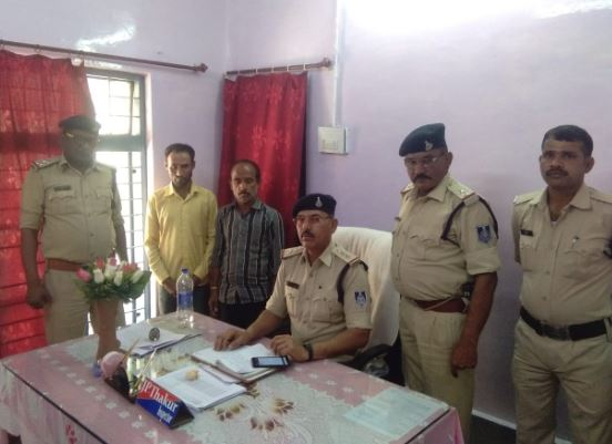 surkhi-police-seize-12-box-of-liquor