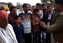 Voter-angry-boycott-of-polling-in-many-villages-of-aagar-malwaa