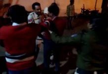 police-beaten-victim-in-police-station-gansaur-station-in-seoni