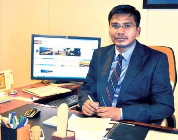 IAS-accuses-of-speaking-bad-language