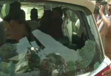 voting-violence-in-asansol-Breaking-the-glasses-of-the-BJP-candidate's-car