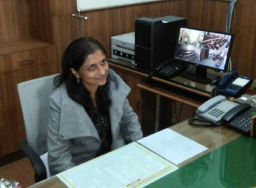 commissioner-kalpana-shrivastava-send-notice-to-six-doctore