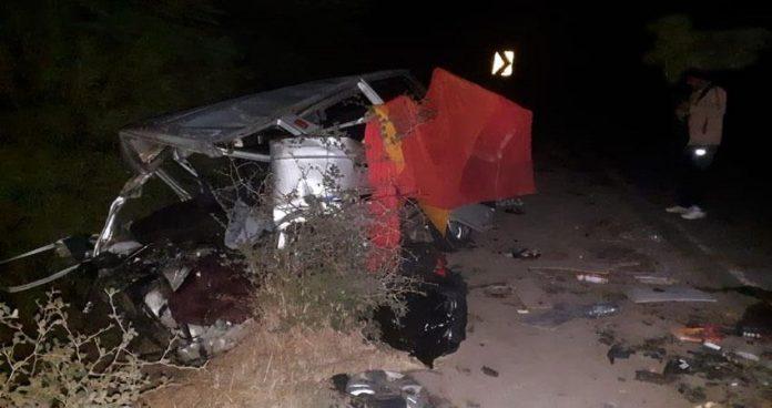 एमपी में भीषण सड़क हादसा : वैन और कार की जोरदार भिड़ंत, 3 बच्चों सहित 12 की मौत