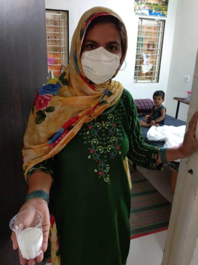 कोविड केयर सेंटर के हाल बेहाल, मरीजों को मिल रहा कच्चा भोजन, सफाई व्यवस्था चरमराई