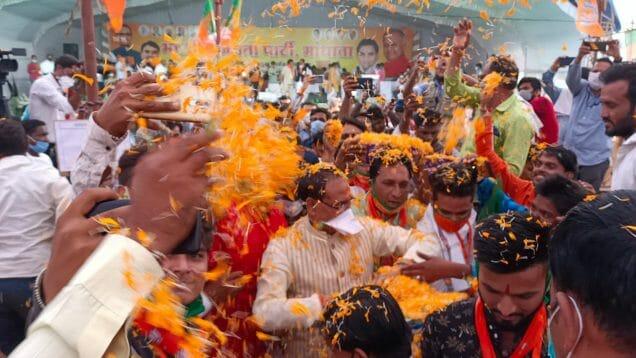 सीएम शिवराज सिंह चौहान के कार्यक्रम में उड़ी कोविड-19 के नियमों की धज्जियां