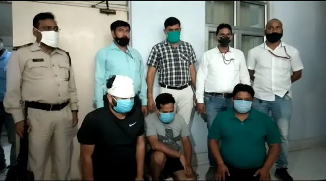 IPL पर सट्टा खिलाते तीन सटोरिये गिरफ्तार, 19 लाख कैश, लाखों का हिसाब मिला