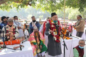 शहनाई वादन, हरिकथा, मीलाद, चादरपोशी के साथ पारंपरिक ढंग से शुरू हुआ तानसेन समारोह