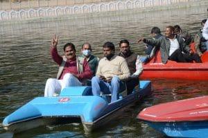 Gwalior News: बैजाताल में बोटिंग शुरू, ऊर्जा मंत्री, सांसद, विधायक ने उद्घाटन के बाद लिया आनंद