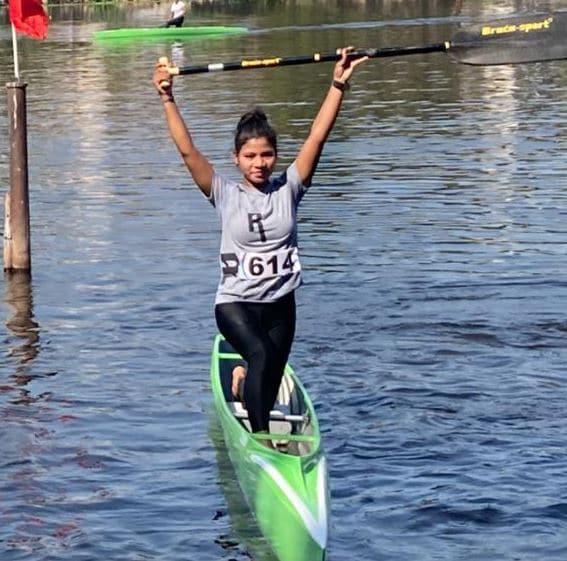मछुआरे की बेटी ने किया मप्र का नाम रोशन, कैनोइंग तैराकी में एशियन स्टार बनेगी खंडवा की कावेरी