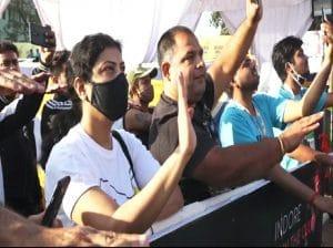 Indore News : मैराथन में कैलाश विजयवर्गीय ने दिलाई महिला सुरक्षा की शपथ