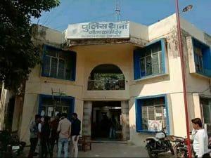 कमलनाथ के भाई भाभी के हत्यारों की तलाश में नोएडा पुलिस के छापे, दो संदेही उठाये