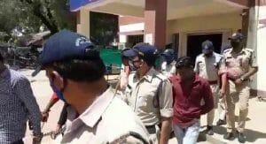 Barwaha News : पुलिस ने जुआ खेलते हुए 13 आरोपियों को किया गिरफ्तार