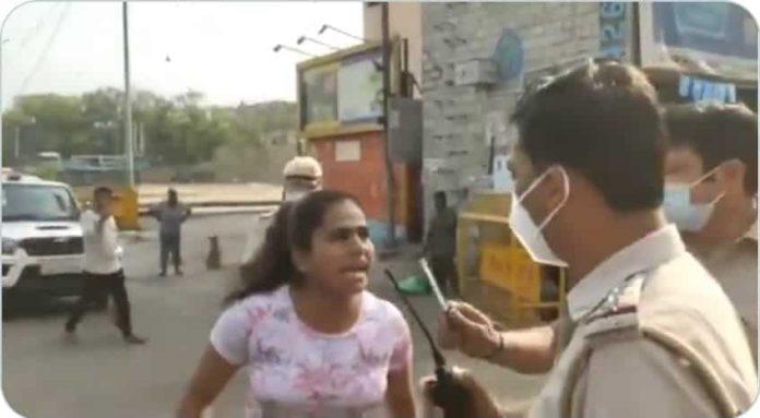 भारी पड़ी पुलिस से बदतमीजी, पति को Kiss करने वाली महिला और युवक तिहाड़ जेल पहुंचे