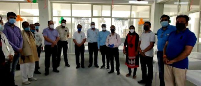 छतरपुर : NRI लोगों के सहयोग से तैयार हुआ 21 बेड वाला वार्ड