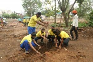Tokyo Olympics 2021: ओलंपिक में भारत की जीत के लिए किया गया पौधारोपण, सीएम ने भी गुलमोहर का पौधा लगाकर दिया पर्यावरण का संदेश