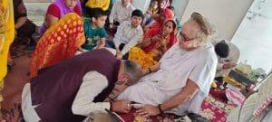 कृषि मंत्री नरेंद्र सिंह तोमर ने गुरुओं के सामने झुकाया शीश, किसान संसद पर कही ये बड़ी बात