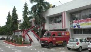 इंदौर डाक विभाग की अनूठी पहल, अब अस्थियां होगी स्पीड पोस्ट के जरिये विसर्जित, परिजन घर बैठे कर सकेंगे दर्शन