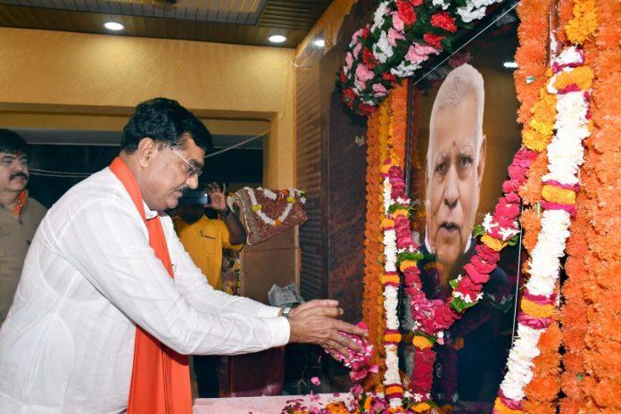 दादा निर्मल कुमार केसवानी को पहली पुण्यतिथि पर नमन, गृहमंत्री सहित कई समाजसेवियों ने दी भावभीनी श्रद्धांजलि