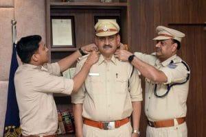 Promotion: कई पुलिसकर्मियों को मिली पदोन्नति, स्टार लगाकर दिया गया उच्च पद का प्रभार