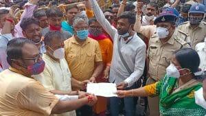 खंडवा में ताजिया जुलूस में भगवान राम के विरुद्ध लगाए नारे, अब हिंदू संगठन ने किया विरोध प्रदर्शन