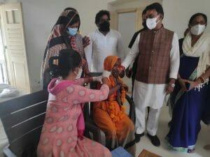 Gwalior News:सड़क और सफाई को लेकर प्रभारी मंत्री सख्त,दिया अल्टीमेटम