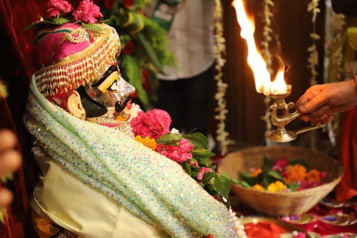 Ujjain : ज्योतिरादित्य सिधिंया ने किया महाकाल पूजन, की ये बड़ी घोषणा