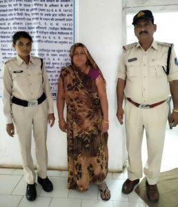 डॉक्टर के घर से 40 हजार गायब, CCTV में कैद हुई कामवाली बाई की ऐसी हरकत