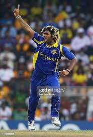 दिग्गज तेज गेंदबाज लसिथ मलिंगा ने क्रिकेट के सभी प्रारूपों को कहा अलविदा, नाम कई शानदार रिकॉर्ड