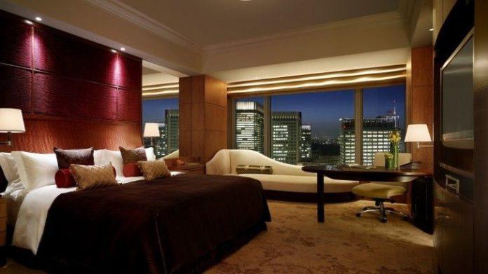 Trip Guide: आपकी यात्रा को सुखद बनाने और पैसे बचाने कुछ स्मार्ट होटल हैक्स, छुट्टियां होगी मजेदार