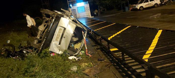 Road Accident : MP में भीषण सड़क हादसा, मासूम समेत 3 की मौत, 9 घायल