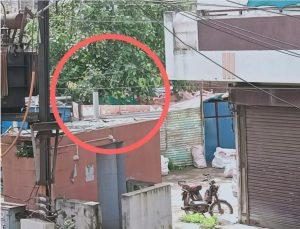 चोरों के हौसले बुलंद, निगम के सार्वजनिक शौचालय पर लगी टंकी पर किया हाथ साफ, CCTV में कैद