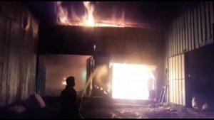 Jabalpur News : लकड़ी के टाल में लगी भीषण आग, देर रात दमकलों ने पाया आग पर काबू