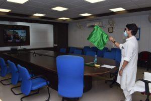 इंदौर-चंडीगढ़ एक्सप्रेस का बदरवास स्टॉपेज शुरू, सिंधिया ने दिखाई हरी झंडी