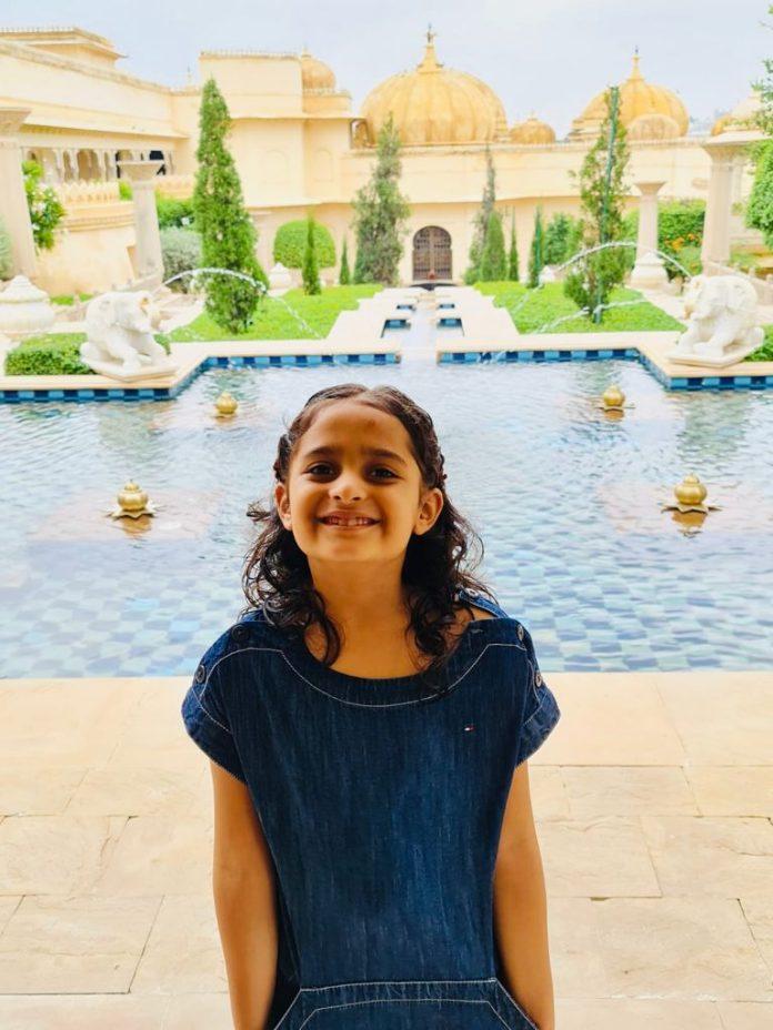 Indore : 6 साल की मासूम का टैलेंट देख हर कोई रह गया हैरान, कई वर्ल्ड रिकॉर्ड्स बनाए