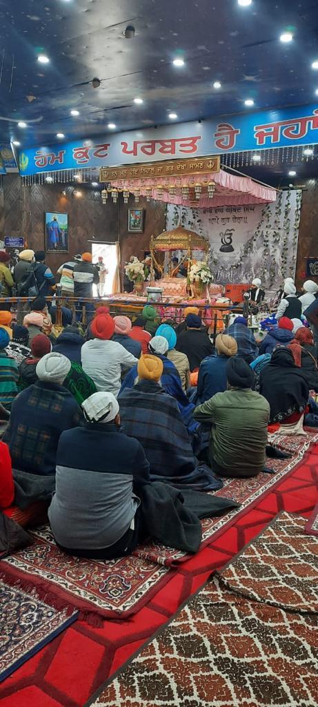 गुरुद्वारा श्री हेमकुंड साहिब के कपाट शीतकाल के लिए आज से बंद, सेना के जवान और श्रद्धालुओं की मौजूदगी में हुआ सुखासन