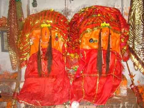 Navratri 2021: यहाँ स्थित है मां दुर्गा देवी शक्तिपीठ का 2000 साल पुराना मंदिर, जाने प्रचलित कथाएं